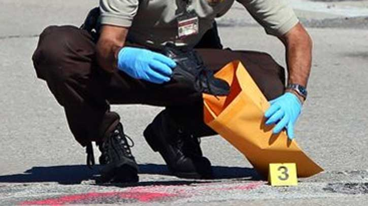evidence collection - Description Of A Crime Scene Investigator